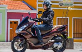Honda lança scooter PCX com visual mais sofisticado