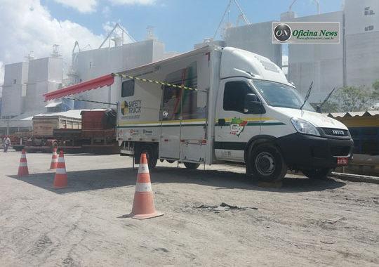 Iveco Daily adaptado para sala de aula para motoristas de todo o Brasil