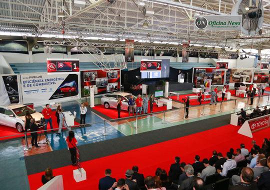 Toyota premia melhores consultores e técnicos da rede de oficinas