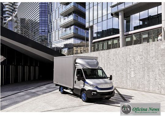 """IVECO Daily Blue Power ganha """"International Van of the Year"""""""
