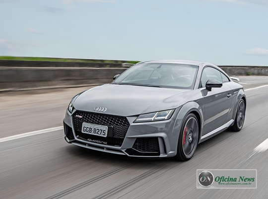 Novo esportivo Audi TT RS Coupé desembarca no Brasil