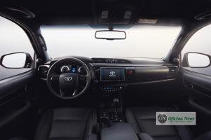 Toyota Hilux 2019 chega ao Brasil com design modernizado