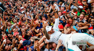 Lewis Hamilton: vitória na casa dos tifosi aumentou vantagem sobre Vettel (Mercedes)