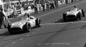GP da Grã-Bretanha, Aintree, 1955: Moss e Fangio separados por 2/10 de segundo (Continental Circus)