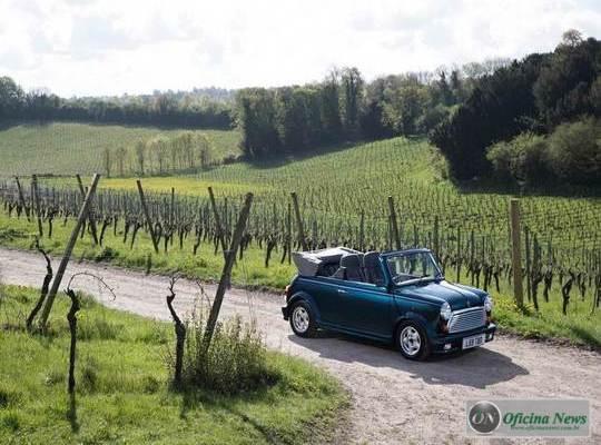 MINI Cabrio comemora o 25º aniversário de comercialização