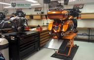 A arte na manutenção de uma Harley-Davidson