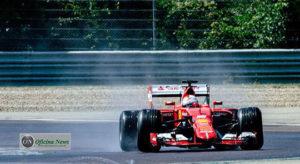 Sebastian Vettel bateu testando pneus de chuva em chassi de 2015 (Foto Ferrari)