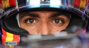 Há tempos que Carlos Sainz está de olho na Renault... e vice versa (Red Bull)