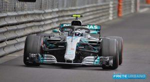 Valtteri Bottas declarou que seu carro andou melhor com os pneus super macios (Mercedes)