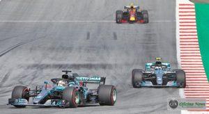 Dia triste para os Flechas de Prata: nem Hamilton nem Bottas terminaram a prova (Mercedes)