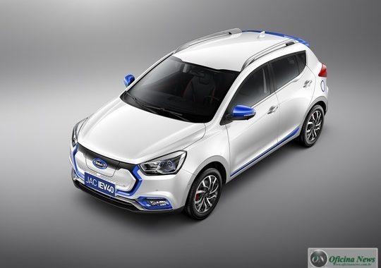 Novo SUV JAC iEV 40 chega em junho no mercado brasileiro