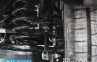 Folgas da barra estabilizadora, bieleta e buchas pedem verificação