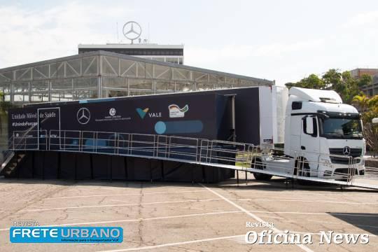 Unidade Móvel de Saúde da Mercedes-Benz chega até a população