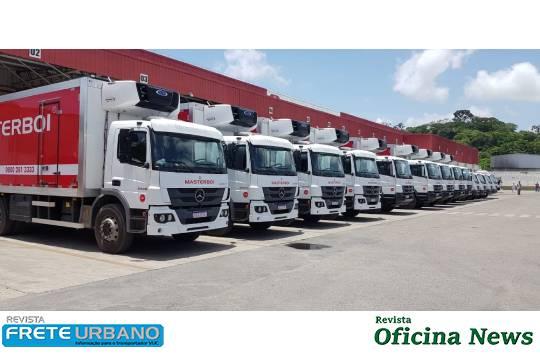Caminhões Mercedes-Benz Atego e Accelo renovam frota da Masterboi